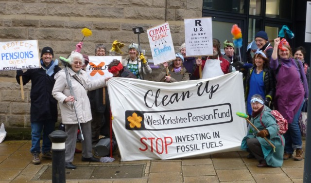 Campaigners from Huddersfield Friends of the Earth supporting the Fossil Free West Yorkshire Pension Fund campaign in February 2016.